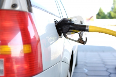 8 Proven Tips On How To Save Money On Fuel